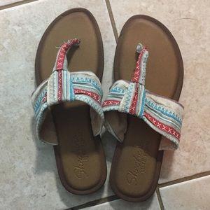 Skechers luxe foam sandals